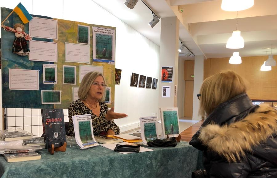 Marie-France Clerc présente « Silences en Forêt » àÉcully